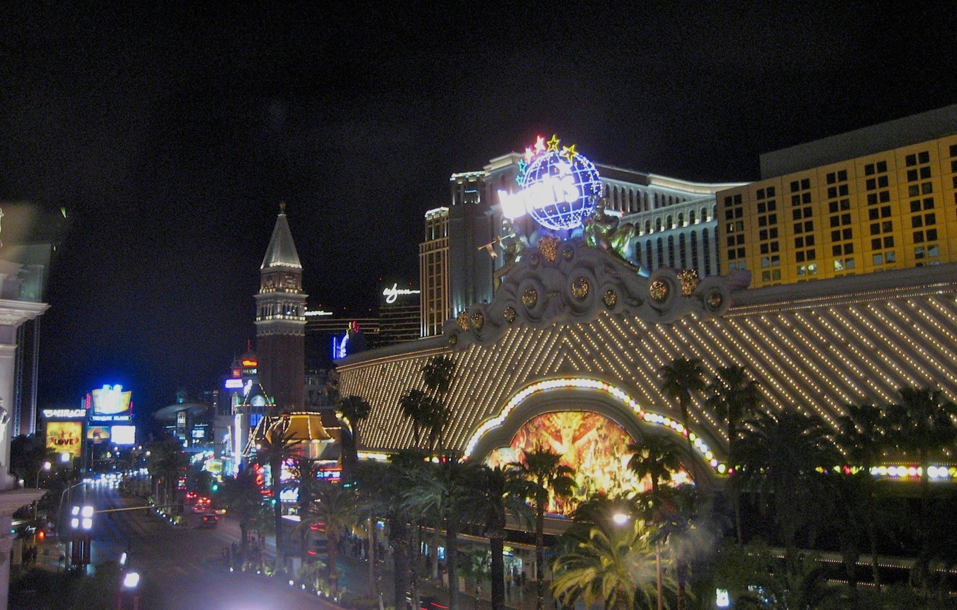 Lost Vegas: Check your good taste at the border.